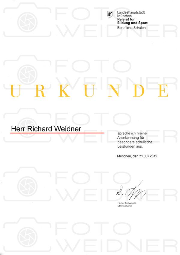 Richard Weidner Urkunde besondere schulische Leistung