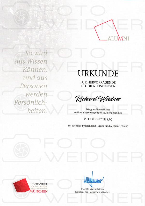 Richard Weidner Urkunde hervorragender Studienabschluss