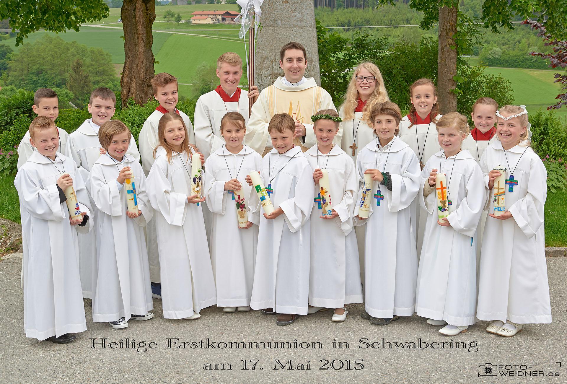Gruppenfoto Erstkommunion Schwabering 2015