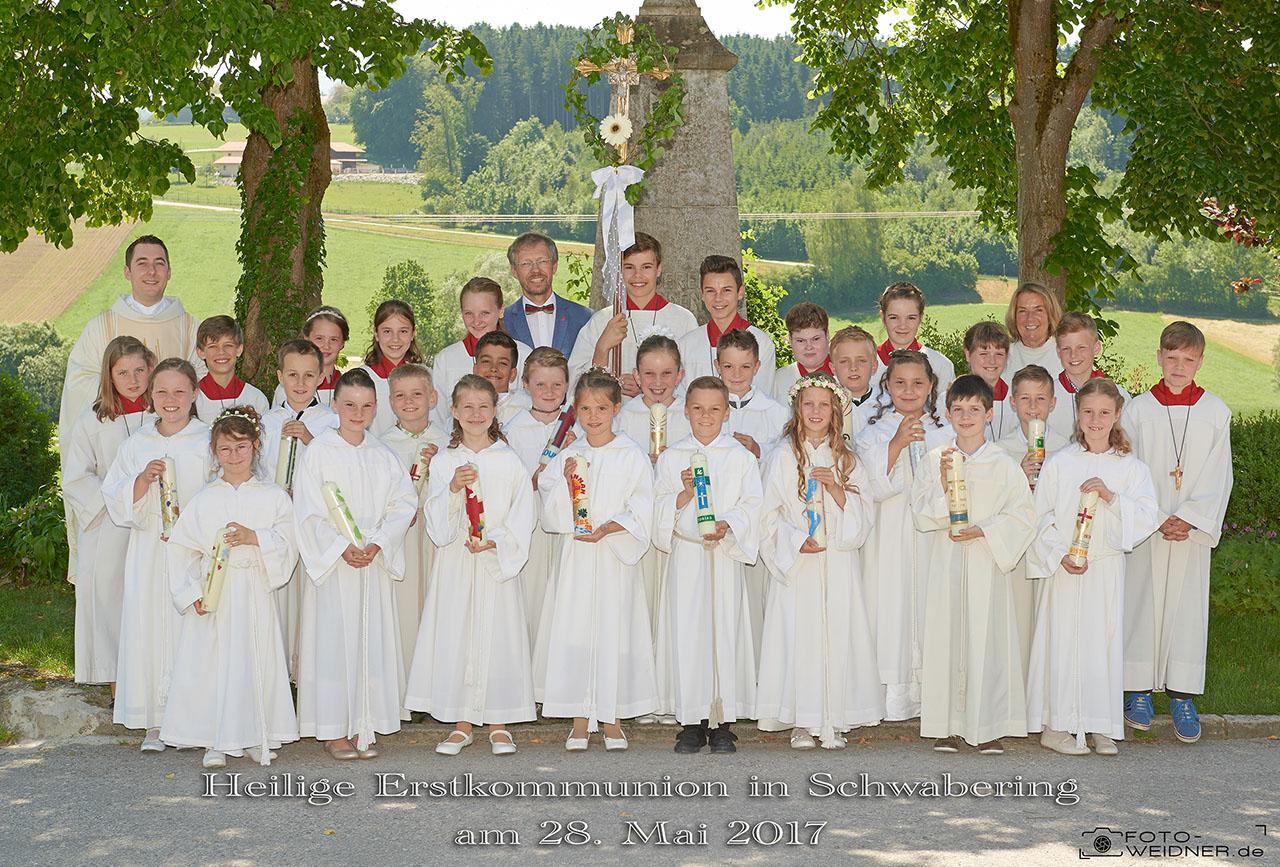 Gruppenfoto Erstkommunion Schwabering 2017