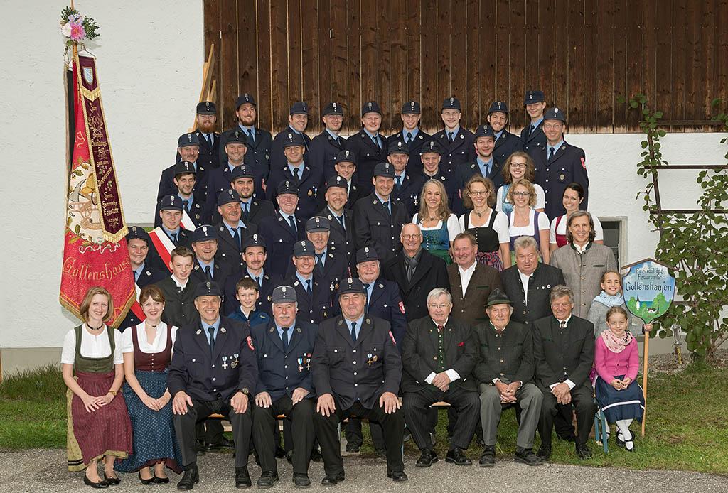 Foto Weidner Gruppenfoto für Vereine FFW Freiwillige Feuerwehr Gollenshausen