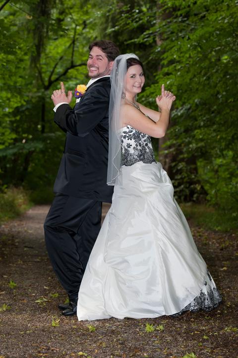 Foto Weidner Hochzeitsfotos - Hochzeitsfotograf im Schloss Seefeld - Portraits Ehepaar Mr and Mrs Smith