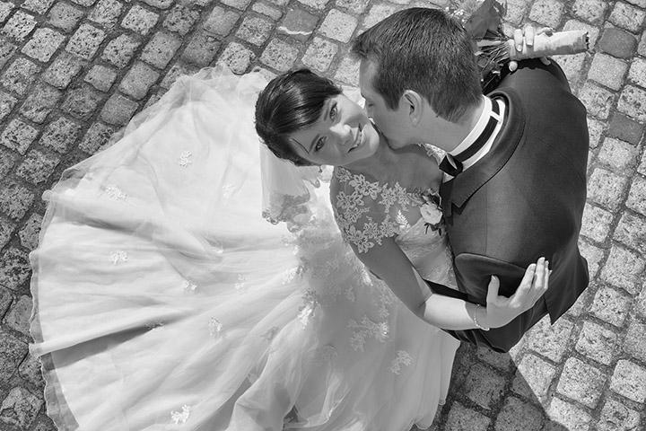 Foto-Weidner-Hochzeitsfotograf-Regensburg-Hochzeitsfotos-Portraits-Dom-Ehepaar